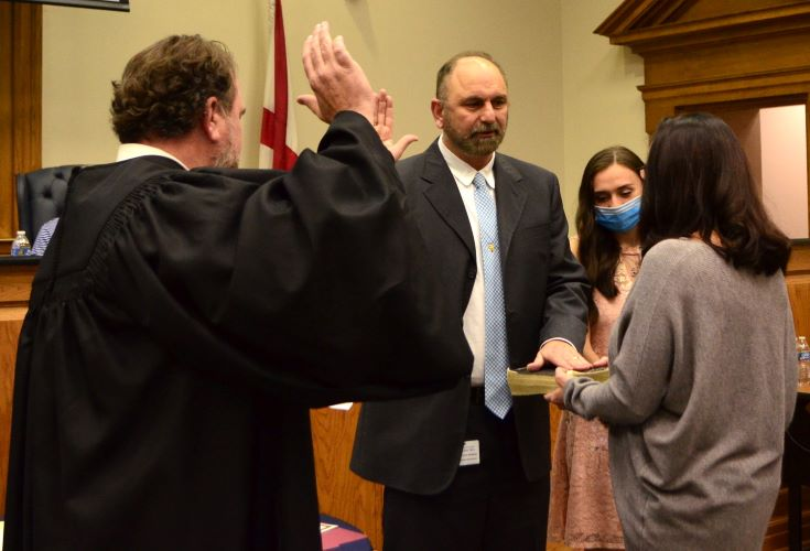 Willingham takes oath of office